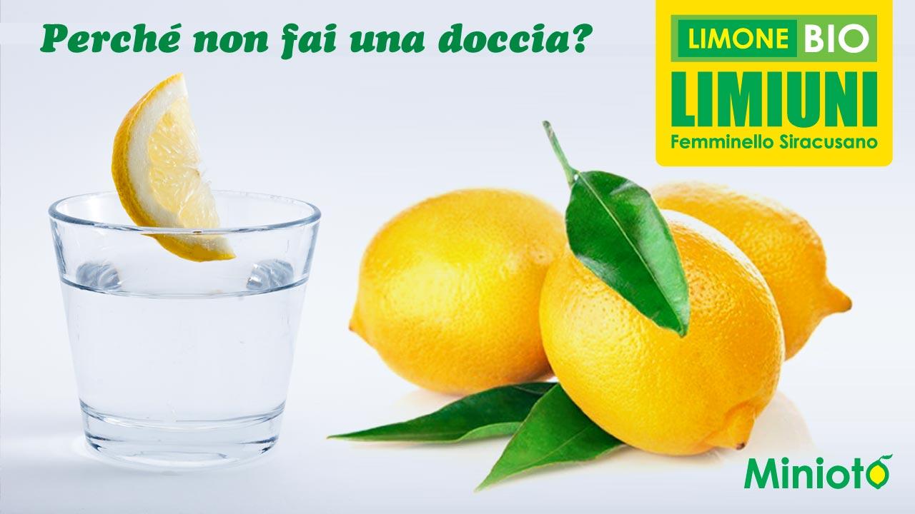 Perché non fai una doccia ...con acqua e limone bio